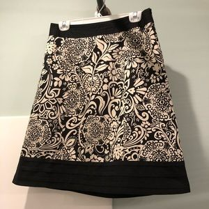 Ann Taylor Black and Cream Skirt